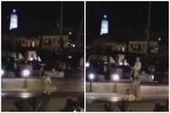 Σύρος - Νεαρή βγήκε από κότερο και χόρεψε αισθησιακά στη μέση του δρόμου (video)