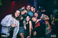 Φωσφορίζοντας στο 'Glow party' του Puta Madre! (φωτο)