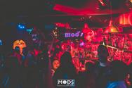 Mods - Εκεί που διασκεδάζουν τα ανήσυχα πλάσματα! (φωτο)