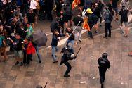 Άγρια επεισόδια στη Βαρκελώνη