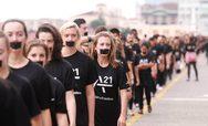Walk For Freedom στην Πάτρα - Μια σιωπηλή πορεία διαμαρτυρίας στο κέντρο της πόλης