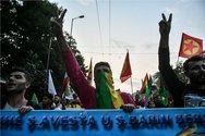Ένταση στην πορεία Κούρδων στην Αθήνα (φωτο)