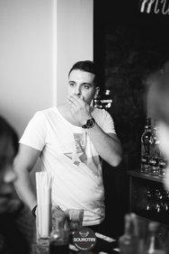 Σουρωτήρι - Το μαγαζί που δίνει ζωή στην Κολοκοτρώνη! (φωτο)