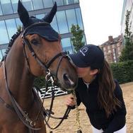 Η Αθηνά Ωνάση απέκτησε νέο άλογο
