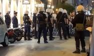 Πάτρα - Αντιεξουσιαστές απέκλεισαν την οδό Πατρέως (φωτο)