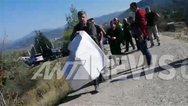 Βουλιαράτες: Αστυνομικοί άρπαξαν πανό από τους γονείς του Κατσίφα