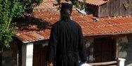 Μάνη - Αρνείται τα πάντα για τη 12χρονη ο ιερέας