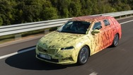 Σύντομα στους ευρωπαϊκούς δρόμους η νέα ανανεωμένη Skoda Octavia (video)