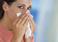 Πώς θα σταματήσετε το κρυολόγημα μέσα σε λίγες ώρες