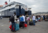 Βουλιάζουν τα νησιά λόγω μεταναστευτικού