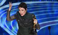 Η Ολίβια Κόλμαν, αποκαλύπτει ότι δεν θυμάται τη στιγμή που κέρδισε το Όσκαρ!