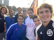 Στέφανος Τσιτσιπάς - Selfie με τα μεγάλα αστέρια του τένις!