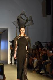 To εντυπωσιακό fashion show του Πατρινού Πάρη Λαλιώτη στην 26η AXDW μέσα από το φακό του Patrasevents.gr