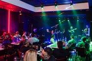 Ο Άγγελος Δάδαρος 'χορεύει σε πίστες' το Σάββατο στο Club 66
