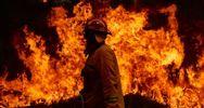 Δεκάδες πυρκαγιές καίνε την Αυστραλία