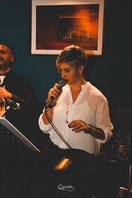 "Live Fridays ""Mona dates Dali"" at Quinta Jazz Bar & Restaurant 15-11-19"