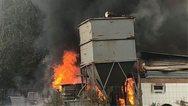 Πύργος - Πυρκαγιά έπιασε σε ξυλουργικό εργοστάσιο κοντά στα Χανάκια (φωτο)
