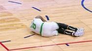 NBA - Σοκαριστικός τραυματισμός του Κέμπα Γουόκερ (video)
