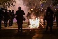 Επίθεση με βόμβες μολότοφ σε διμοιρία των ΜΑΤ στη Θεσσαλονίκη