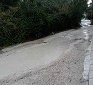 Πάτρα: Το μονοπάτι της οδού Μαρκορά που γίνεται 'ποτάμι' όταν βρέχει