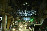 Αντίστροφη μέτρηση για τα Χριστούγεννα - Άναψε ο διάκοσμος στην Πάτρα (pics)