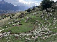 Αχαΐα - Το άγνωστο θέατρο στο αρχαίο Λεόντιο (φωτο)