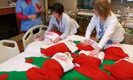 Μαιευτήριο στο Τέξας βάζει τα νεογέννητα μέσα σε χριστουγεννιάτικες κάλτσες (φωτο)
