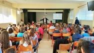 Ο Άγγελος Τσιγκρής μίλησε στους μαθητές του Δημοτικού Σχολείου Αβύθου Αιγιαλείας (φωτο)