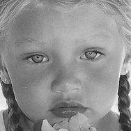 Αναγνωρίζετε ποιο γνωστό μοντέλο είναι το κοριτσάκι της φωτογραφίας;