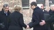 Άνγκελα Μέρκελ - Παραλίγο να πέσει κατά την επίσκεψή της στο Άουσβιτς (video)