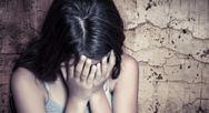 Ο ιερέας που κατηγορείται ότι ασελγούσε στη 12χρονη κατηγορεί τον παππού της μικρής για ασέλγεια