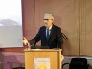 Ο Άγγελος Τσιγκρής μίλησε στην Πάτρα για τη βία και τις διακρίσεις κατά των ηλικιωμένων (φωτο)