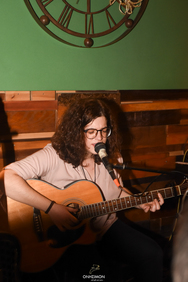 Eliana One Woman Blues Band at Onisimon 14-12-19
