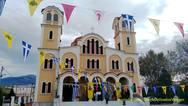 Πάτρα: Δεκάδες πιστοί πέρασαν από τον Άγιο Ελευθέριο για να ανάψουν κερί (φωτο)