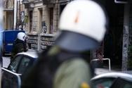 Εκκενώνονται καταλήψεις με επιχείρηση της ΕΛ.ΑΣ στο Κουκάκι