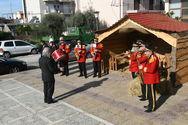 Νότες γιορτινές από τη δημοτική μπάντα στα Δεμένικα της Πάτρας (φωτο)