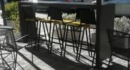 Πάτρα: Ο Δήμος ζητά την αφαίρεση αυθαίρετων κατασκευών από τα καταστήματα