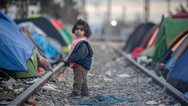 Γερμανικά ΜΜΕ: 'Δεν πρέπει να αφήσουμε την Ελλάδα αβοήθητη στο προσφυγικό
