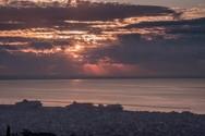 Το υπέροχο ηλιοβασίλεμα της Πάτρας (video)