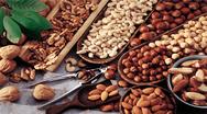 Το σνακ που μειώνει κατά 16% τον κίνδυνο να παχύνουμε