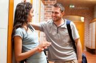 Πώς να φλερτάρεις χωρίς να εκτεθείς