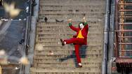 Joker: Δείτε από ερασιτεχνικό βίντεο τη σκηνή του Χοακίν Φίνιξ να χορεύει στις σκάλες