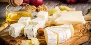 Τυριά: Λευκά vs κίτρινα - Ποια είναι πιο υγιεινά