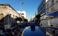 Πάτρα: Μοίρασε κλήσεις η τροχαία στα διπλοπαρκαρισμένα της Αγίου Ανδρέου