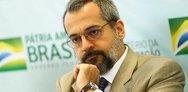 Σάλος στο Twitter με τα ορθογραφικά λάθη του υπουργού Παιδείας της Βραζιλίας