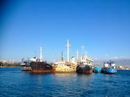 Οργανισμός Λιμένος Ελευσίνας: Συγκροτήθηκε επιτροπή για την ανέλκυση επικίνδυνων πλοίων