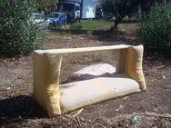 Πάτρα: Στην οδό Λευκωσίας γίνεται του... καναπέ!