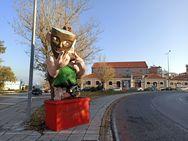 Πάτρα - Ιερέας κρύβεται πίσω από τον εμπρησμό των καρναβαλικών κατασκευών