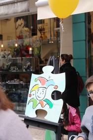 """Πάτρα - Έκαναν το """"κομμάτι"""" τους και γέμισαν με καρναβαλοχρώματα την Ρήγα Φεραίου (φωτο)"""