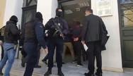 Στο δικαστήριο οδηγήθηκαν οι συλληφθέντες για τον 1,2 τόνο κοκαΐνης στον Αστακό